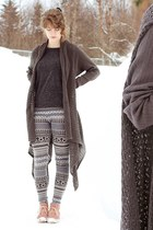 grey knit cardigan - pink suede boots - tribal print leggings - shirt
