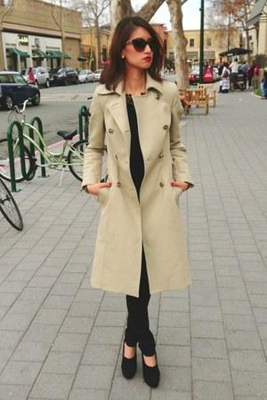 beige Zara jacket - brown cat-eye chains Chanel sunglasses