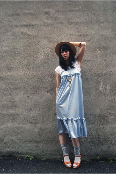 vintage dress - Lululemon t-shirt - vintage hat - Urban Outfitters socks - vinta