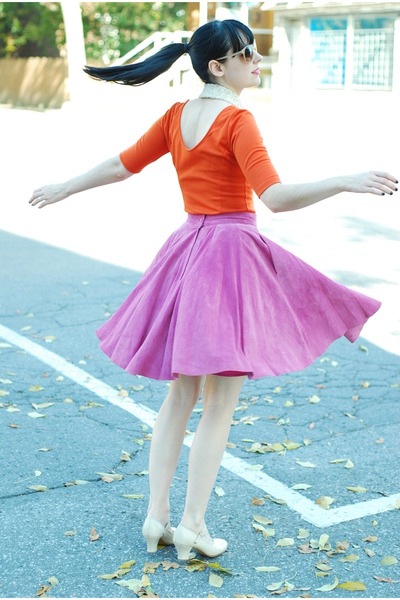 nude vintage heels - carrot orange Forever 21 dress - hot pink vintage skirt