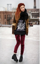 maroon evil twin leggings - black orphans arms t-shirt
