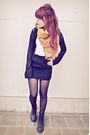 Black-express-shirt-black-skirt-black-doc-martens-boots