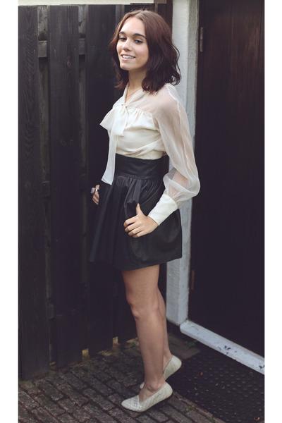 black leather H&M skirt - amethyst ring - eggshell vintage blouse