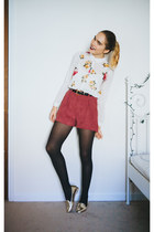 white floral Forever 21 blouse - maroon paper bag H&M shorts