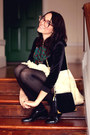 Black-patent-leather-thrifted-vintage-shoes-green-floral-vintage-scarf