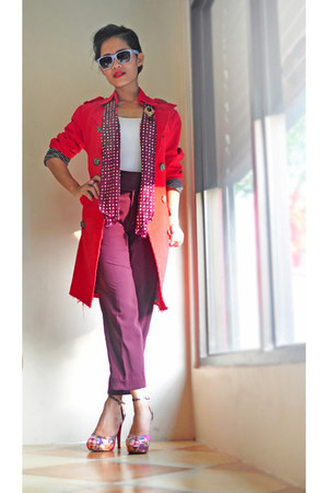 red frayed hems ING coat - white stretch Zara top - maroon pants