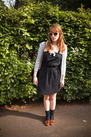 navy Aubin & Wills dress - black APC bag - navy COS socks - ivory Anthropologie