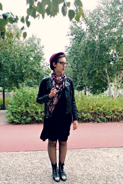 black vintage boots - black H&M dress - crimson H&M hat - black Zara jacket