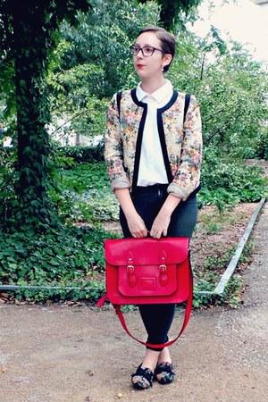 red vintage bag - dark gray H&M jeans - cream new look jacket