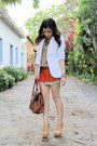 Ivory-blazer-brown-bag-tawny-shorts