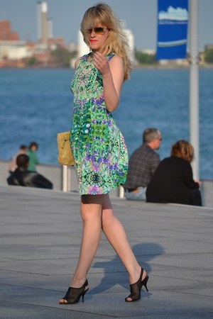 black mesh Reed Evins shoes - green cynthia rowley dress