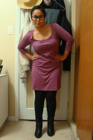 Old Navy dress - garage leggings - Sirens boots - glasses