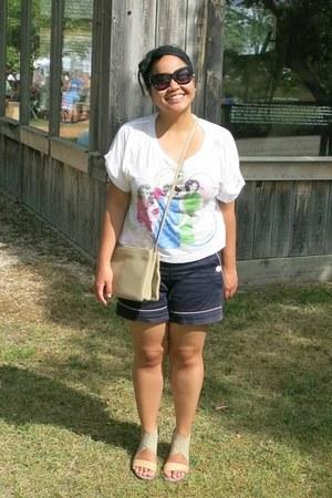 beige Celine bag - navy joe fresh style shorts - black Forever 21 sunglasses