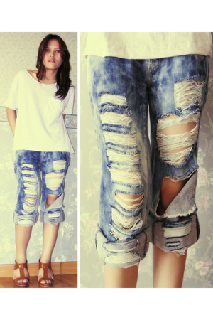second hand t-shirt - second hand jeans - custom made shoes
