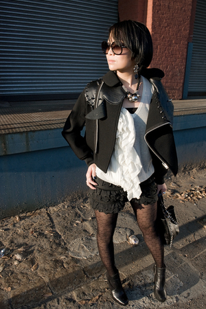 black accessories - black jacket - black tights - black shorts - white 31 philli