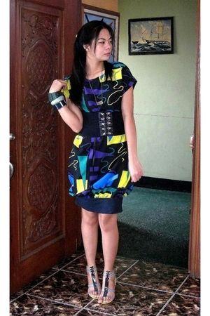 black DIY dress - black YRYS belt - silver bought online shoes - green Girlshopp