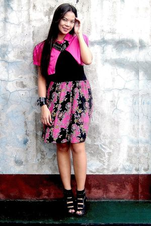 pink muse top - black random brand top - pink Promod skirt - black shoes