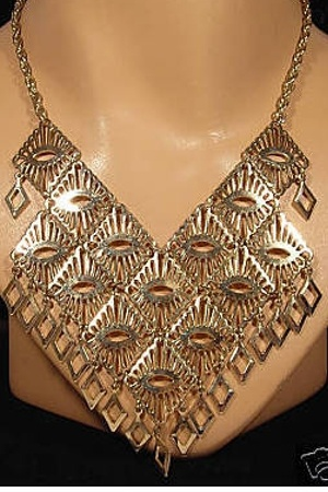 sara coventry necklace