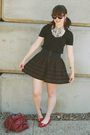 Green-f21-skirt-black-american-eagle-t-shirt-red-gojane-shoes-red-urban-ou