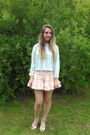 Pink-topshop-skirt-blue-vintage-top-white-topshop-shoes