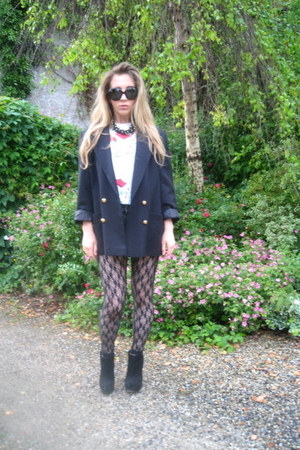 vintage blazer - Topshop accessories - Topshop boots - vintage t-shirt - vintage