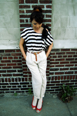 Forever 21 top - beige thrifted pants - brown thrifted belt - red random shoes