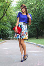 Blue-carvela-shoes-red-capo-verso-bag-white-miss-sixty-skirt