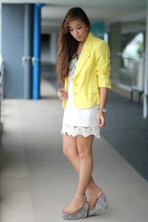 yellow random brand blazer