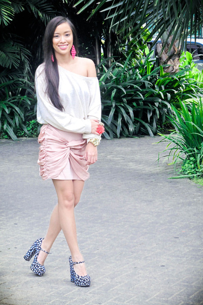 beige Forever 21 top - light pink Forever 21 skirt - blue Forever 21 shoes