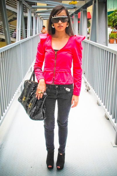 pink Wisdom blazer - black jeans - black Topshop shoes - black CMG purse - gold