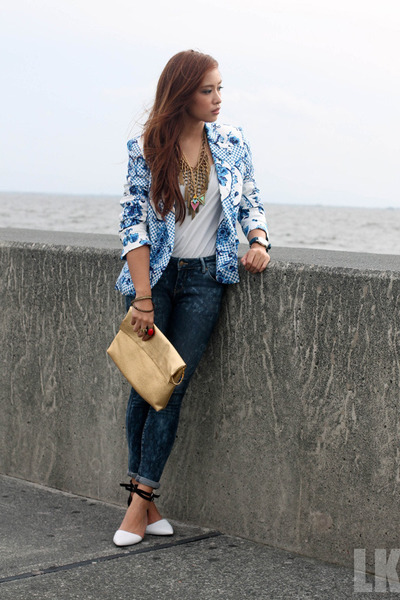 blue suiteblanco blazer