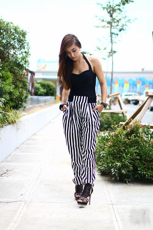 black Sheinside pants