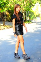 black heels Zara shoes - black leather shorts - black bench top