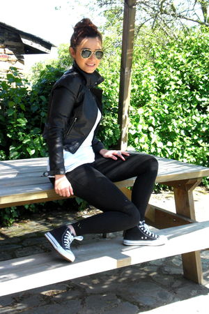black H&amp;M jacket - black Zara leggings - black Converse shoes - Ray Ban accessor