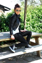black H&M jacket - black Zara leggings - black Converse shoes - Ray Ban accessor