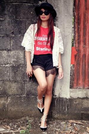 red HiCustom t-shirt