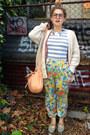 Light-pink-see-by-chloé-bag-yellow-pants