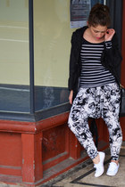 white Manikkin pants - black striped asos top - white Converse sneakers