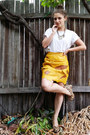 White-cotton-on-t-shirt-yellow-vintage-skirt