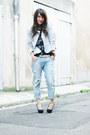 Light-blue-zara-jeans-off-white-chicwish-jacket