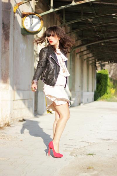 black Samsoe Samsoe jacket - ivory pepa loves dress - red Bershka heels