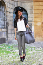 navy Marc by Marc Jacobs bag - gray Guess jean jeans - white pepa loves top