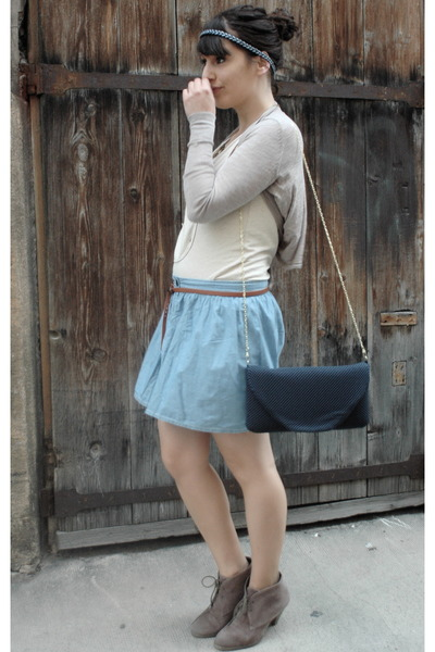blue DKNY skirt - beige sessun top - beige H&M top - gold Primark accessories