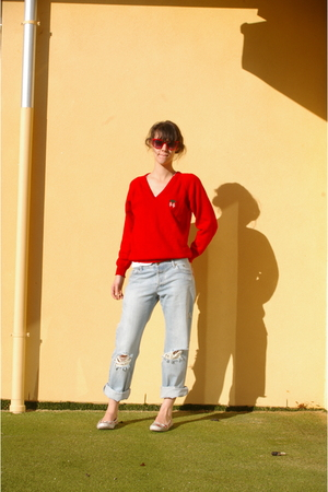 vintage sweater - Camila and Marc jeans - Keds shoes