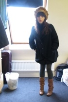 brown faux fur H&M hat - brown boots shoes - black Urban Outfitters coat