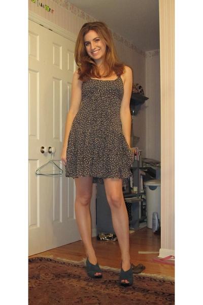 BCBG Maxazria dress - Diane Von Furstenburg shoes