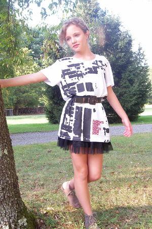 white shirt - black material girl skirt - gray Mia shoes