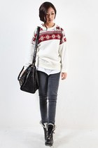 Fashion sweater in This Winter O(?_?)O~