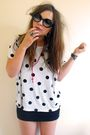 White-h-m-t-shirt-h-m-skirt-red-ebay-accessories-black-girl-props-glasses