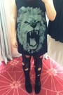 Creepers-underground-shoes-lion-glassons-shirt-holey-thrifted-tights